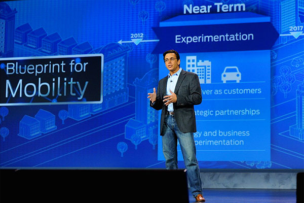 ford-motor-ceo-mark-fields-ces-2015